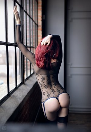 Meili erotic massage in Waunakee Wisconsin
