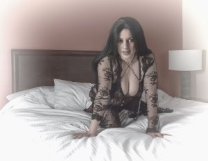 Luciana nuru massage in Waterloo